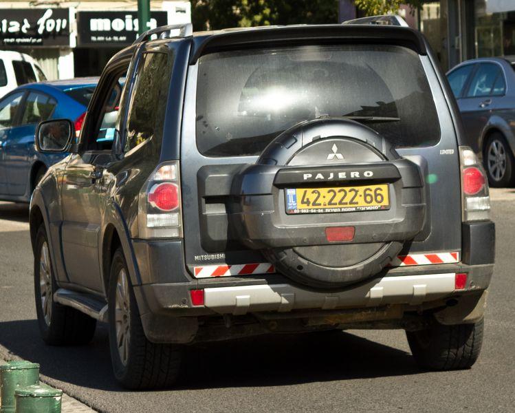 מיצובישי PAJERO LIMITED שנת ייצור 2008  4222266